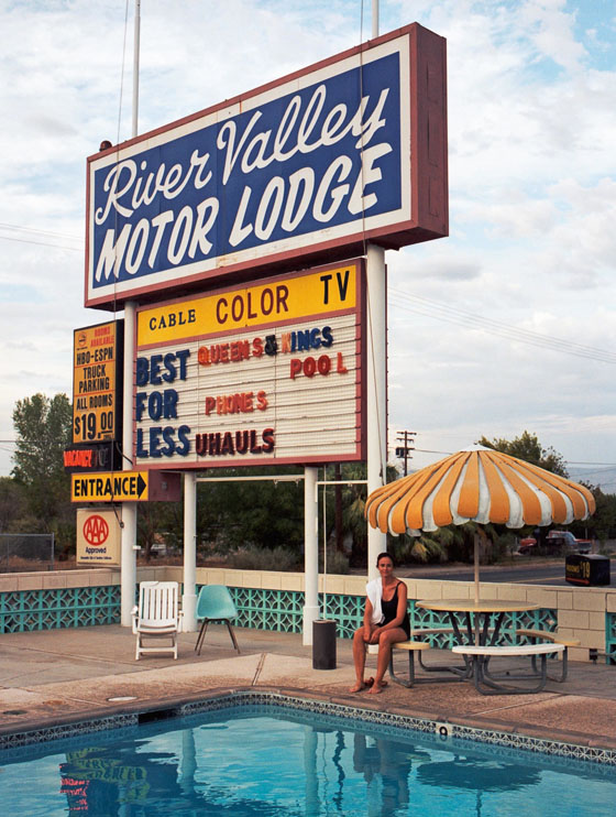 Der Rote Bulli Stephen Shore Selected Views